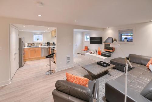 Craigdarroch Executive Suite