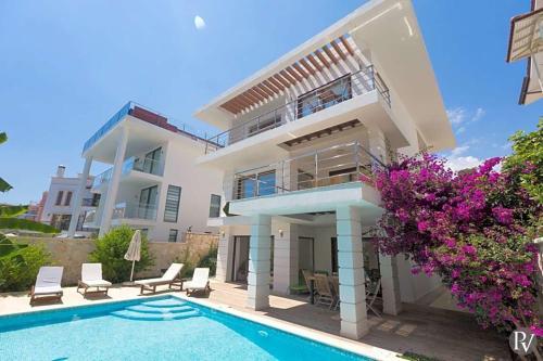 Villa in Kalkan Sleeps 8 includes Swimming pool Air Con and WiFi 1 - Accommodation - Kalkan