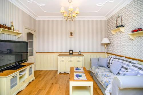 Central shabby chic flat close to paid parking