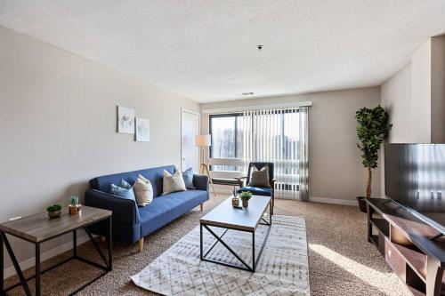 Beautiful 2-Bedroom Flat + Gym + Pool - Apartment - Alexandria