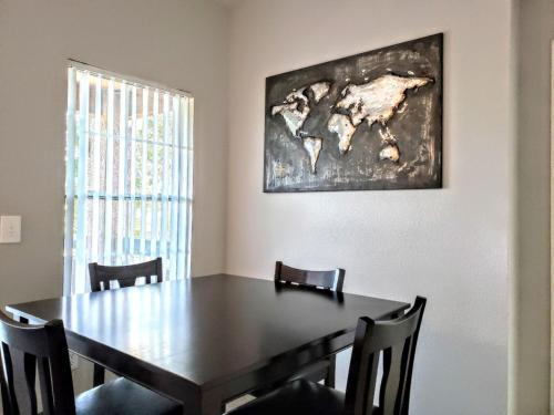 Fully Furnished Apartments ∣ Phoenix Arcadia District ∣ Heated Pool