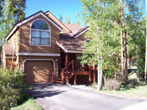 Breckenridge Mtn. Village #132 - Beautiful Private Home with Outdoor Hot Tub - Breckenridge