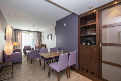 Suite - single occupancy ARTIEM Asturias 7