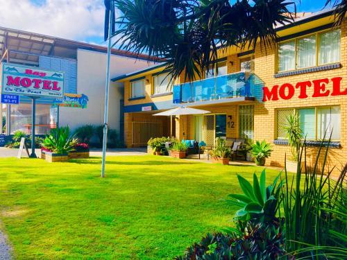 . Bay Motel
