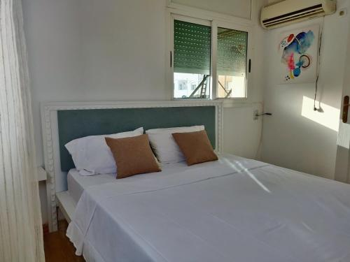 central 2 bedrooms duplex in the heart of la marsa
