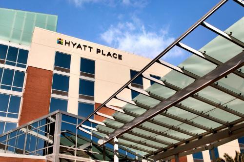 . Hyatt Place Mohegan Sun