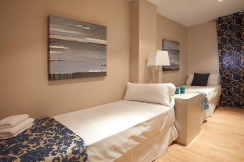 AB Eixample Derecho Apartments photo 17