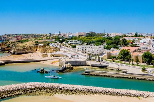 Fábrica da Ribeira 55 by Destination Algarve, Pension in Lagos
