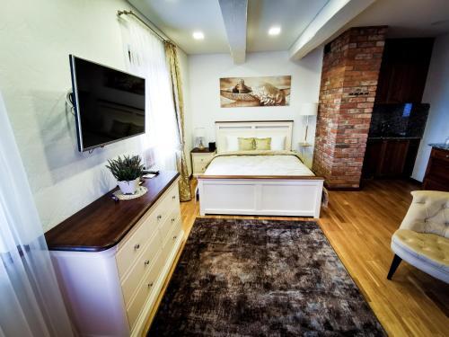 Lavender Inn Guest House - Photo 3 of 158