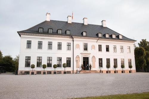 Bernstorff Castle, Pension in Gentofte Kommune bei Kopenhagen