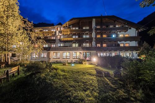 Hotel Gletscherblick St. Leonhard / Pitztal