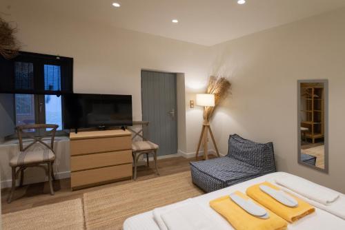 Pylosea Luxury Lodge