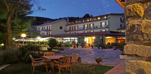 . Hotel Belvedere