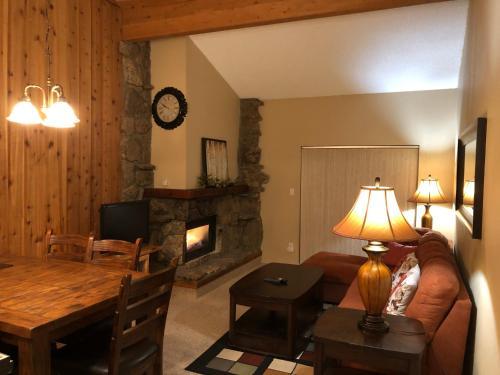 Cozy 2bd 2bath Winter Park Mountain Condo - Apartment - Winter Park
