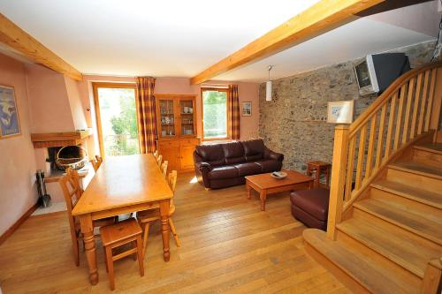 Res des Alpes n 11 - Large apartment 10 pers in the center of La Grave - Apartment