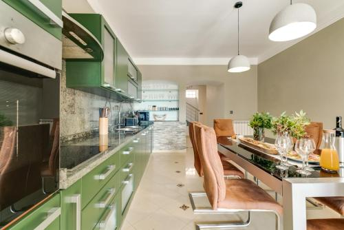 . Apartment Regina