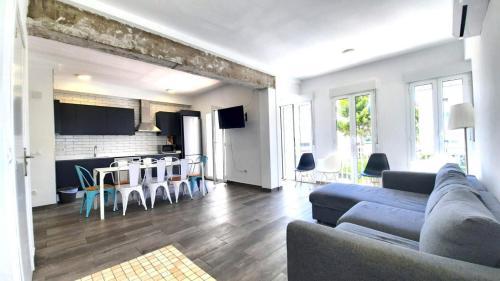 . Espectacular Apartamento con Vistas al Mar de 140m2 F5 1D