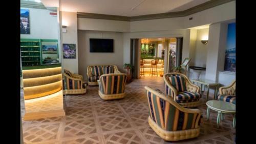 CRYSTAL HOTEL VARESE - Hotel - Varese