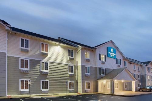 . WoodSpring Suites Cincinnati Fairfield