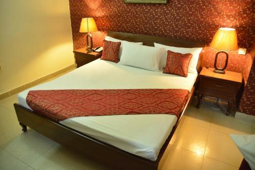 Hotel Mars Hotel Lahore