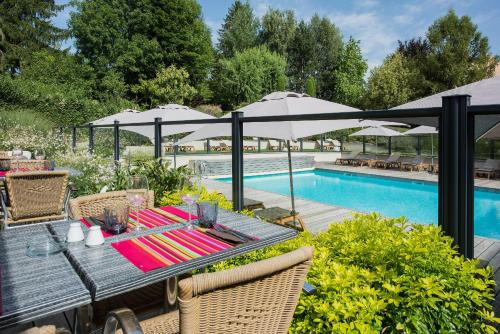 Résidence la Réserve Genève Ferney Voltaire - Hotel - Ferney-Voltaire