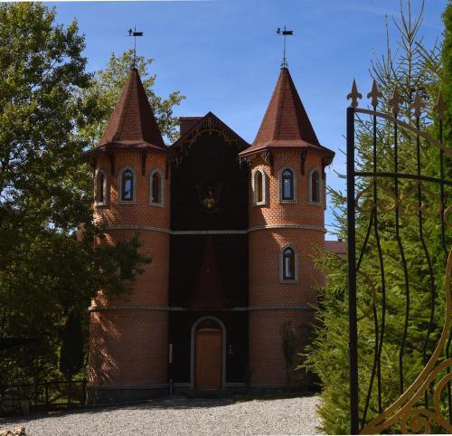 Castle Belvedere - Accommodation - Bukovel