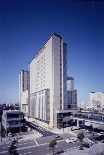 高岡曼藤伊可瑪酒店 Takaoka Manten Hotel Ekimae