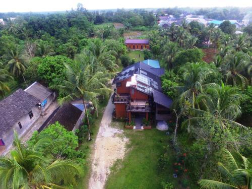 . Borneo Alase_Kapitan Homestay