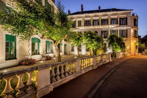Najeti Hôtel de la Poste - Hôtel - Beaune