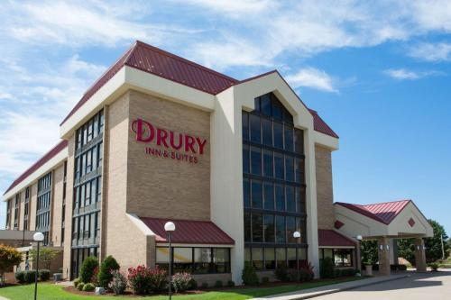 . Drury Inn & Suites Cape Girardeau