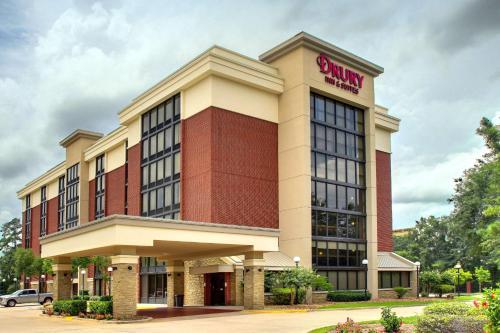 . Drury Inn & Suites Houston The Woodlands