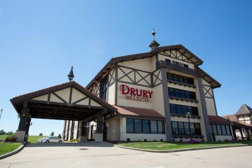 . Drury Inn & Suites Jackson MO