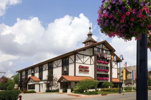 . Drury Inn & Suites Frankenmuth