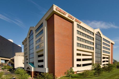 . Drury Inn & Suites Columbus Convention Center