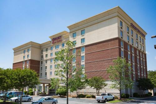 . Drury Inn & Suites Greenville