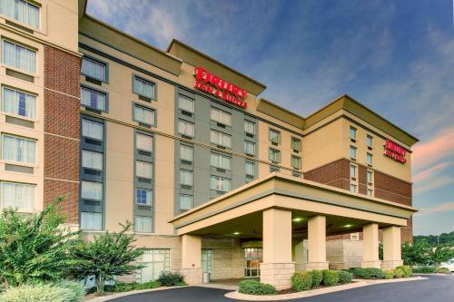 . Drury Inn & Suites Meridian