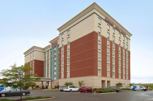 . Drury Inn & Suites Indianapolis Northeast