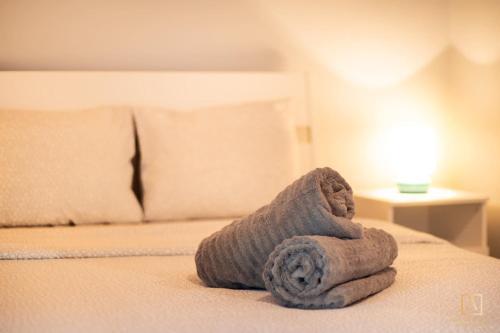 Cozy 1 BR Apartment w Free Public Parking 200m away - Hotel - Diekirch
