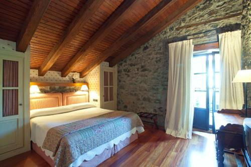 Superior Double Room - single occupancy Hotel Antsotegi 10