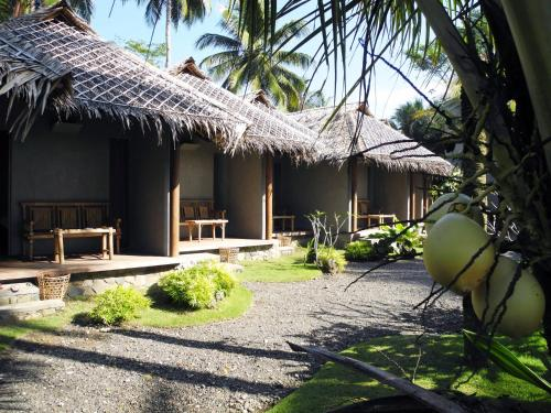 Bale Karang Cottages
