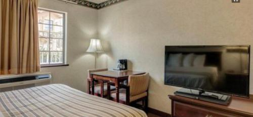 Suncity Inn & Suites