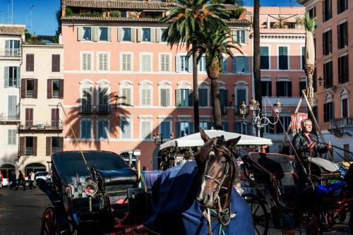Piazza di Spagna 9, 00187 Rome, Italy.