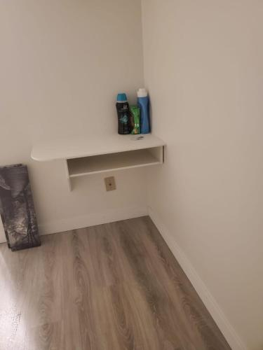 Fully Furnished 3Bed/2Bath Apartment at Riverbend - Edmonton, AB T6H 4T4