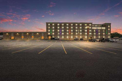 Clarion Hotel and Convention Center Baraboo