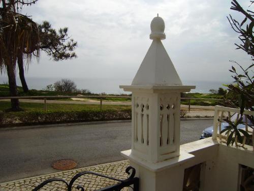 Villa Da Colina - front line villa over looking the beach and golf course in Vale Do Lobo