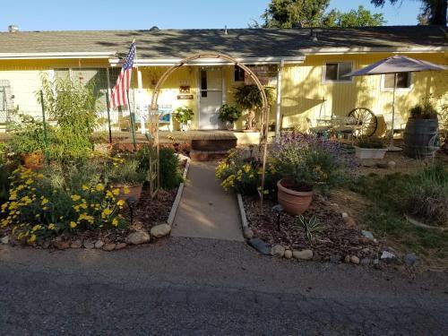 Yosemite Plaisance Bed & Breakfast - Accommodation - Mariposa