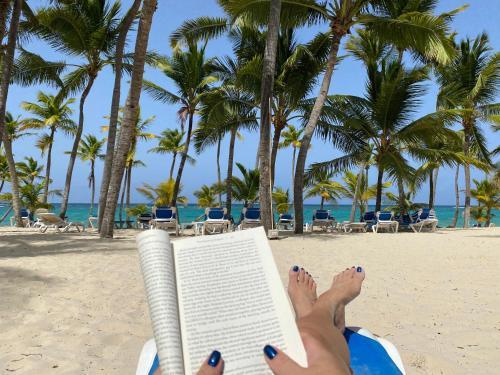 Hotel DELUXE SUITES BEACH GARDEN - playa Bavaro, WiFi, BBQ, swimming pool