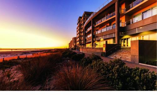 Glenelg Beach Studio