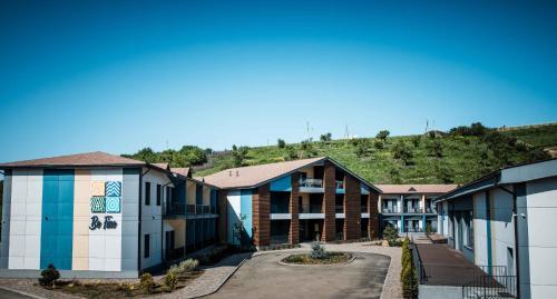 Accommodation in Besqaynar