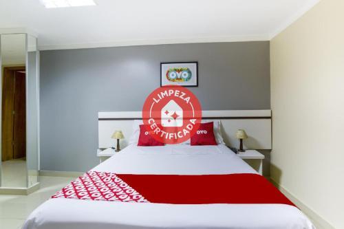 . OYO Hotel Via Universitária
